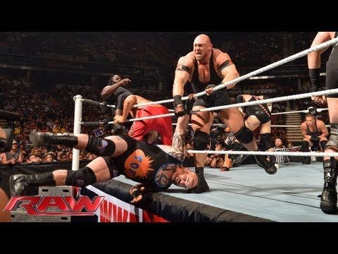 20-Man Battle Royal to become No. 1 contender to the U.S. Championship: Raw, August 12, 2013