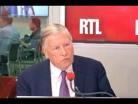"Brexit : ""Theresa May aura été une catastrophe"", estime Alain Duhamel"