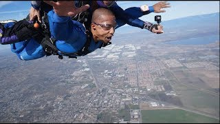 My first time SKYDIVING...(Bad Idea)