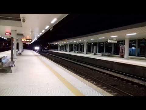 Fertagus UQE's 3511/3561 + 3504/3554 passam pelo Pinhal Novo