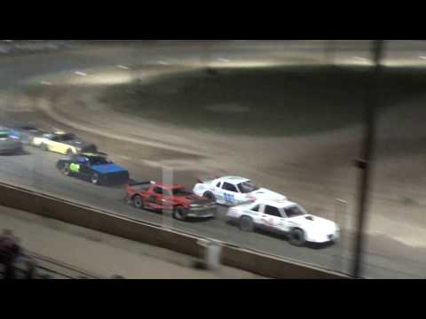 Street Stock Heat Race #3 at Crystal Motor Speedway, Michigan, on 09-16-2017!