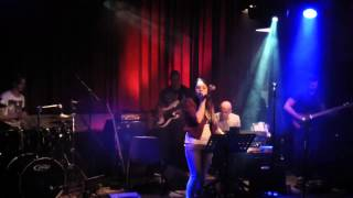 Groovemasters - This World (Selah Sue Cover)