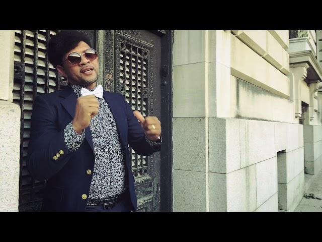 Elvis La Voz - Perfecta (Video Oficial)