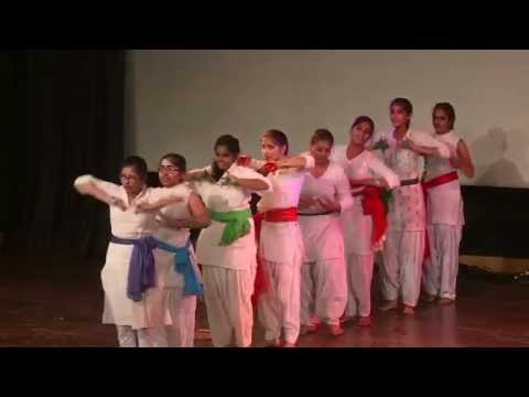 Patriotic Dance (Mere Desh Ki Dharti) by students of American Montessori Public School