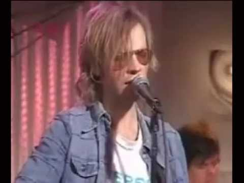 Beck live - Lonesome Whistle (Hank Williams cover, lyrics below)