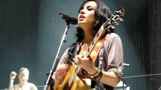 Demi Lovato Soundcheck- Two World