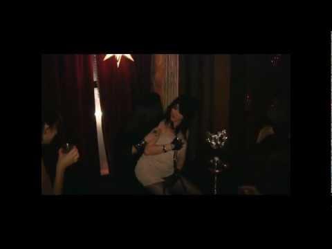 ASMR Cute Asian Girlfriend Kiss Glass for TinglesKaynak: YouTube · Süre: 4 dakika7 saniye