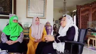 Lajna in Indonesia hold meeting with former First Lady