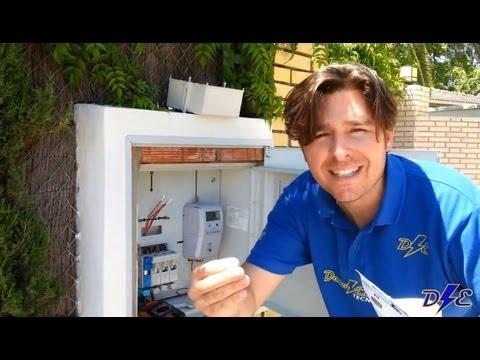 Funcionamiento icp contador luz digital youtube for Manipular contador luz digital