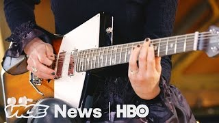 St. Vincent's Signature Guitars: VICE News Tonight on HBO