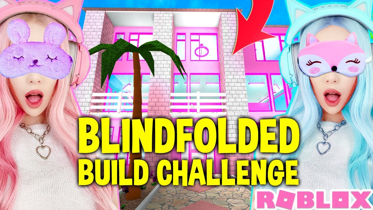 I Challenged My Twin To A BLINDFOLDED BUILD CHALLENGE In Bloxburg