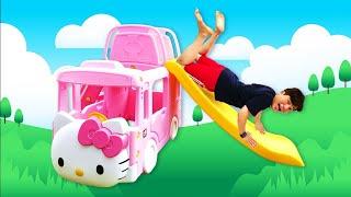 헬로키티 버스 인기 동요 전래 동요 놀이 Mainan dan lagu anak-anak Wheel on the bus Nursery Rhymes Song