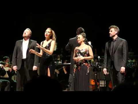 O holy night  John Owen Jones, Celinde Schoenmaker, Joanna Ampil y Gerónimo Rauch