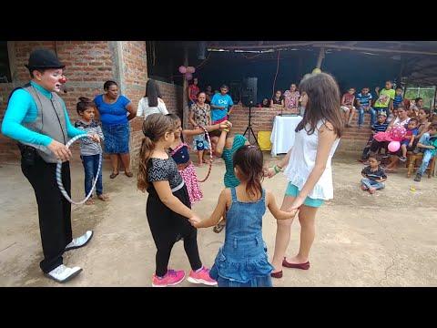 El concurso de las niñas jugando al hula hula. Cumpleaños de Don Pop. Parte 11