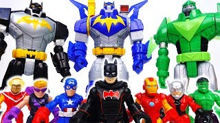 Emergency~! We Are Under Attack~!  Batman, Help Us With Bat-Mech - ToyMart TV