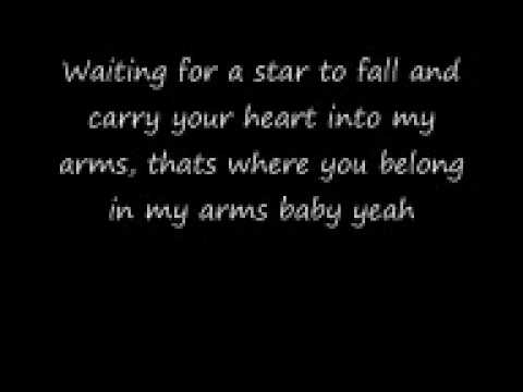 Boy Meets Girl - Waiting For A Star To Fall Lyrics