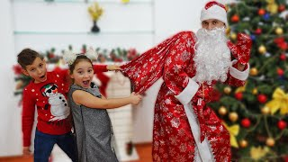 Annie and Victor Pretend Play with Santa Naughty or Nice Presents List for Kids