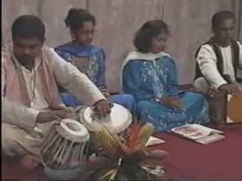 Shri Devi Ji Ki Aarti Jag Janani Jai Jai - Hindi Lyrics and Video Song