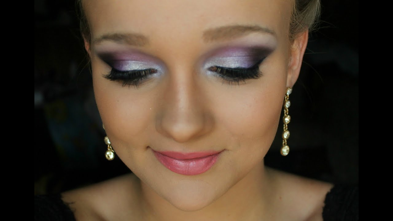 What Color Eye Makeup With Purple Dress | The Art Of Beauty
