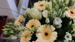 Ziedu pušķis Vaniļas debesis(, 2014-04-26T06:59:47.000Z)
