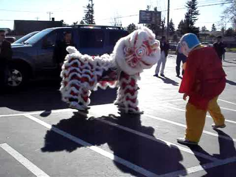 MQ Lion Dance - Portland Auto Body Shop Performance 2-21-2010 Portland Oregon