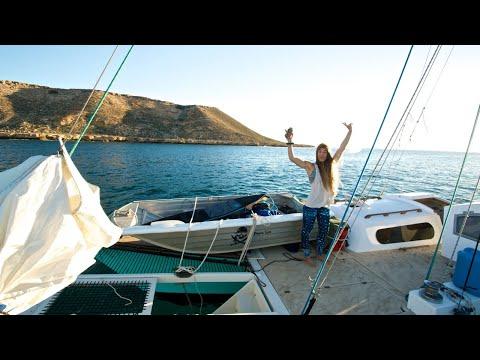 ANCHORING OFF REMOTE SURF BREAKS - Sailing Tangaroa
