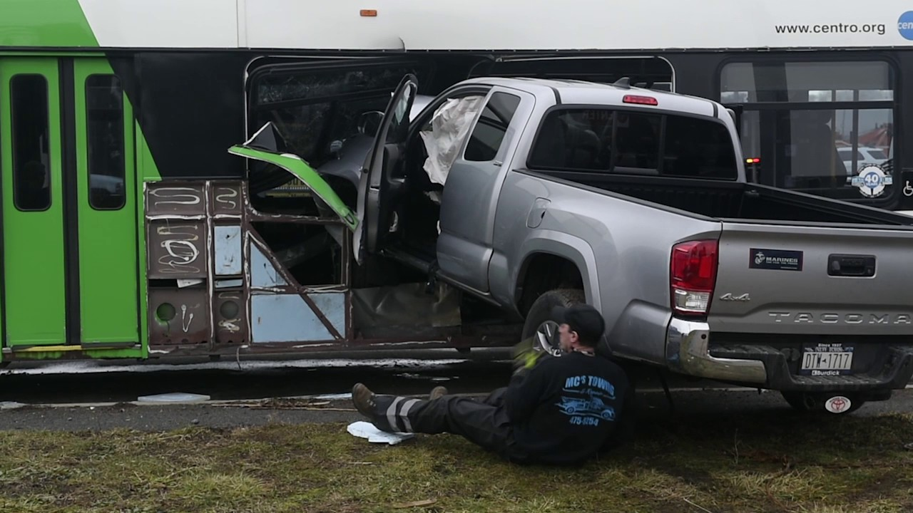 Pickup crashes into Centro bus in Syracuse - YouTube