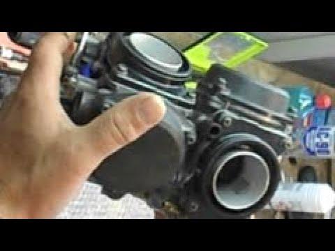 mastorakos:Cleaning carburetor on honda xrv 750.