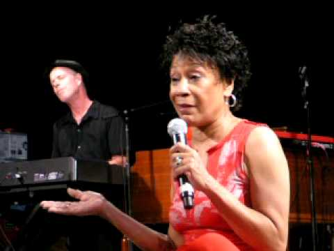 Bettye LaVette, Somebody Pick Up My Pieces, Central Park Summerstage, NYC 7-24-09