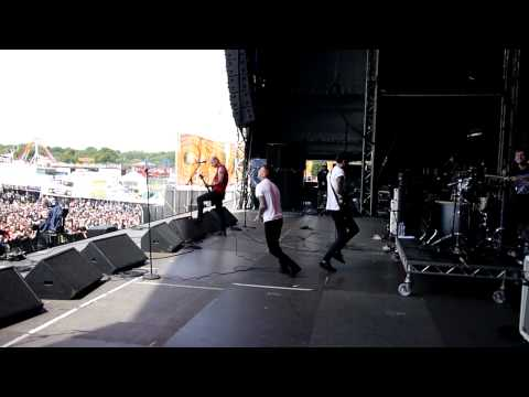 Gallows' Misery' Sonisphere 2011