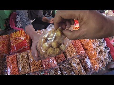 Indonesia Makassar Street Food 1800 Kacipok Camilan Obat Sariawan YDXJ0344