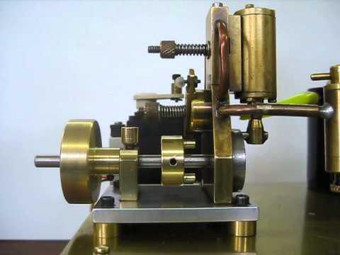 Opal Engine. Live Steam Single Cylinder Self Starting Video 1
