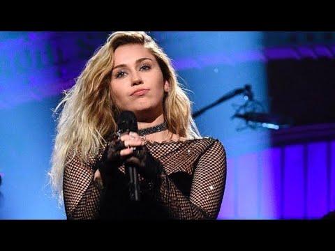 Miley Cyrus - Bad Mood (Live)