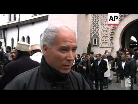 Push for French Muslims to make their voices heard in presidential elections