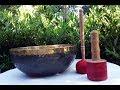 Vidéo: Grand Bol chantant Tibétain Bengali Shiva noir brut de forge et or, 26 à 51 cm