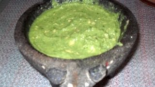 How To Make An Authentic Mexican Salsa Verde, Delicious, Fast, Easy / Green Salsa