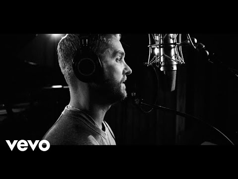 Tay Hamilton - Excuse my Drooling... Brett Young's Acoustic Version of Catch