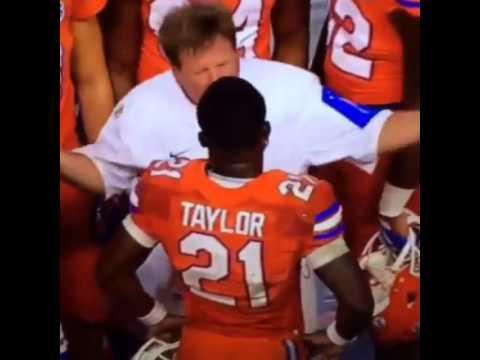 Floridas coach Jim mcelwain yells at kelvin Taylor