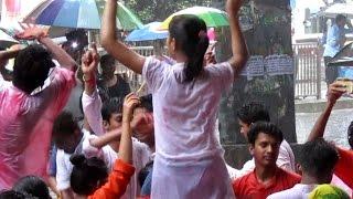 Ganpati Visarjan Dance 2016 at Lalbaug on Sairat Jingaat Song