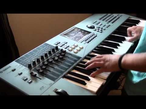 CeeLo Green - Run Rudolph Run - Electric Piano Version