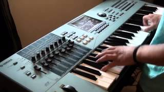CeeLo Green - Run Rudolph Run - Electric Piano Version