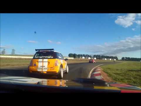 SuperTT (Wakefield Park) - Enduro Race 2 (30 April 2017)
