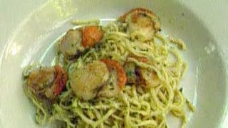 How To Cook Pasta With Scallops