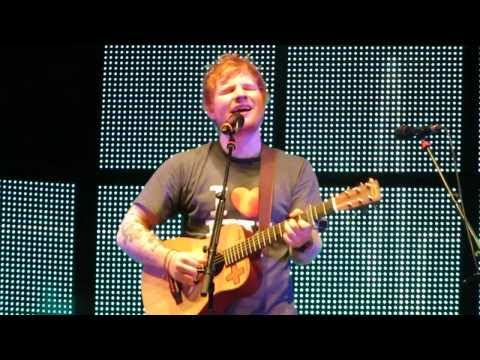 Ed Sheeran - Small Bump Live at Madison Square Garden 11/1/13