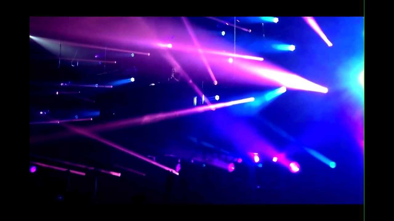 Download David Guetta plays Daddy's Groove & Mindshake - Surrender (Live @ Marseille)