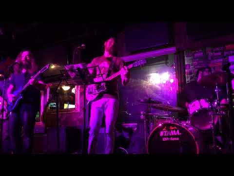 Kosma Gram - Live at The Boro 2/10/18