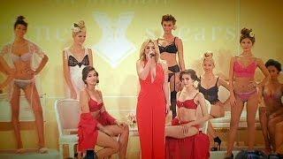 Britney Spears presenta su colección de lencería en Nueva York - le mag