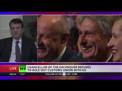 Farage to meet Barnier to represent Brexit voters in UK