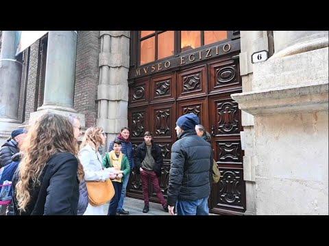 Effetto coronavirus a Torino: mercati vuoti e turisti fuori dai musei chiusi