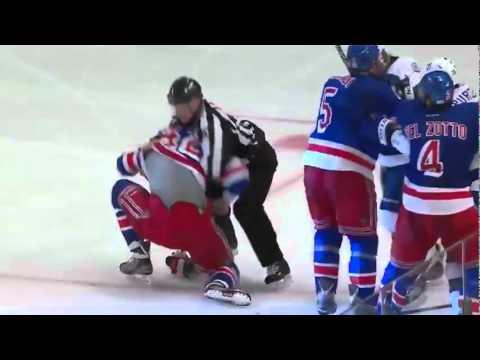 NHL Fight: Tampa Bay Lightning React to Artem Anisimov Celebration - MSG
